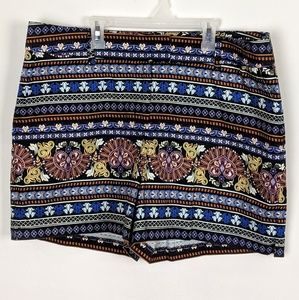 Monroe and Main Floral Print Stretch Shorts